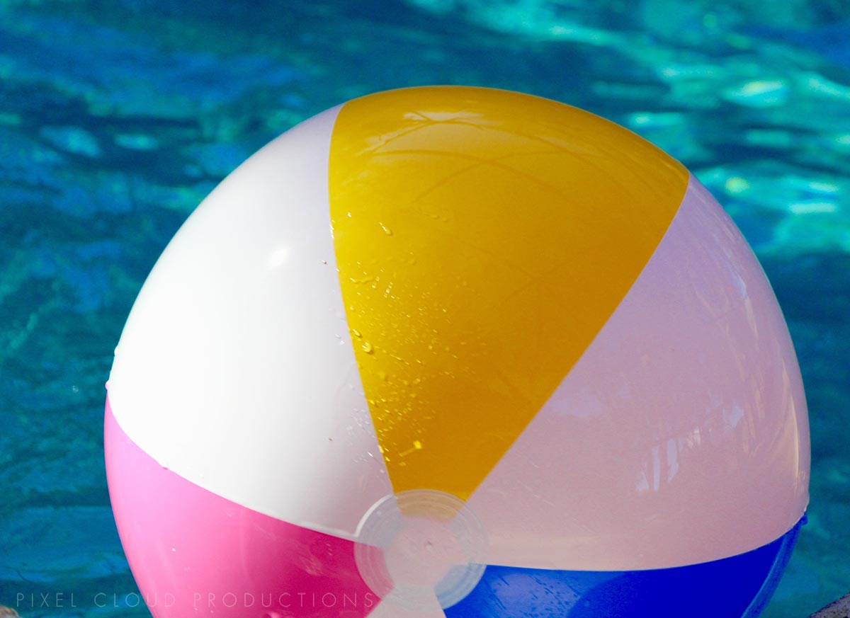 20 Ideas How to Use Custom Beach Balls